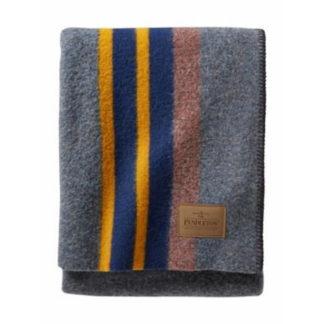 Pendleton Yakima Camp Wool Throw Blanket in Lake