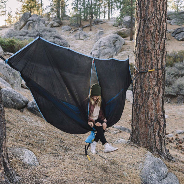 Wise Owl Outfitters Hammock Snug Net Bug Net in the wild